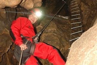 Zejścia do jaskiń